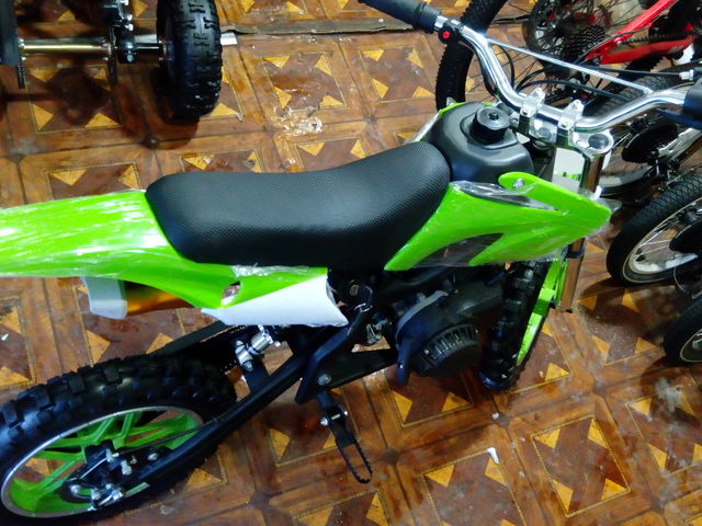 Apolo Delta Dirt Bike