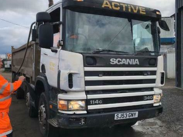 2003 (53) Scania 114 340 8x4 tipper